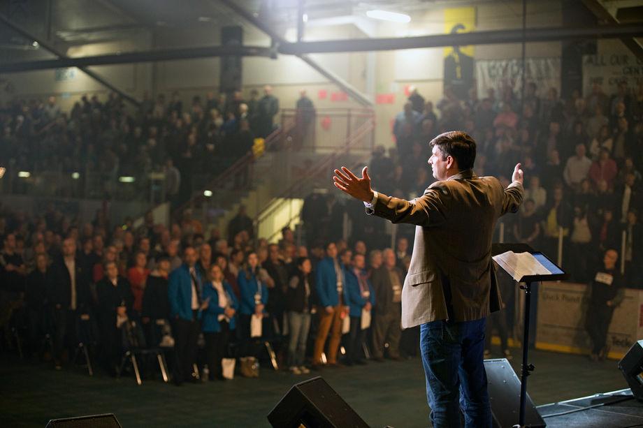 Уилл Грэм —десять лет проповеди Христа*