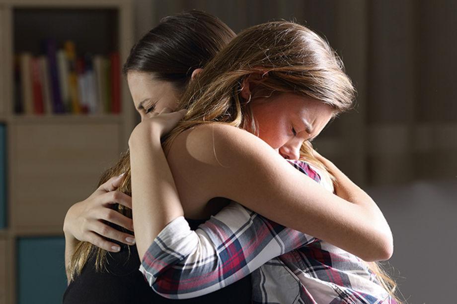 Преодолеть страдание: проживать его самому и утешать других